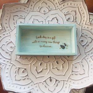 Marjolein Bastin Hallmark Distressed trinket box